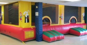 bounce house with 2 rooms